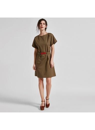 Vekem-Limited Edition Kayık Yaka Beliden Bağlamalı Elbise Yeşil